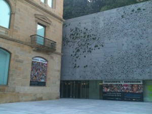 Modern and historic architecture at the San Telmo Museum, Donosti