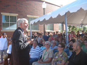 William Douglass speaks at dedication of Center for Basque Studies