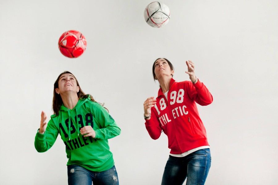The+women%27s+team+of+Athletic+Bilbao+will+be+teaching+a+youth+soccer+camp.