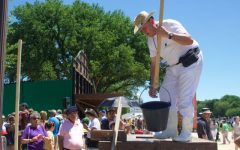 A salt master from the Añana Valley displays his art at the Folklife Festival.