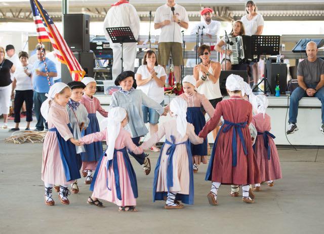 Txori Ttipiak dancers at Chino Basque Festival 2016.