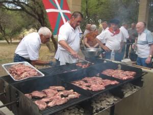 The Las Vegas Basque Club cooks up its annual barbecue. Photo: Euskal Kazeta