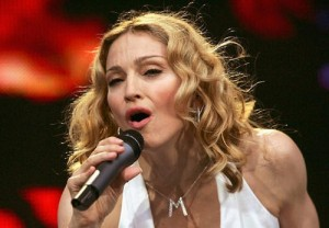 Madonna's MDNA tour includes the Basque group Kalakan.